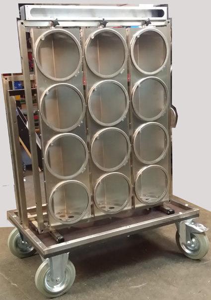 maxi brute equipment cart